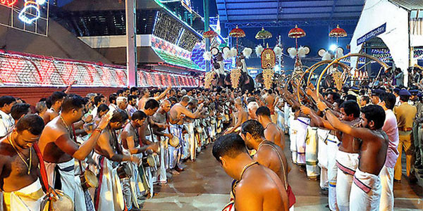 The unique festivities of the Guruvayur Festival in Kerala.