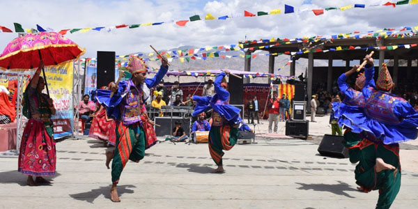 Celebrate the cultural diversity of India at the amazing SindhuDarshan Festival