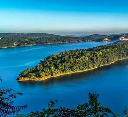 Umiam Lake / Barapani Lake