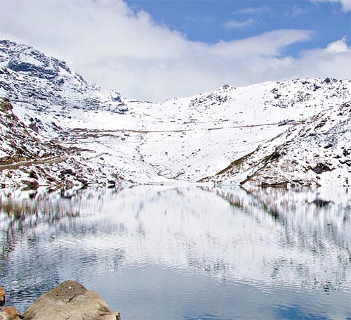 Changu Lake / Tsomgo Lake