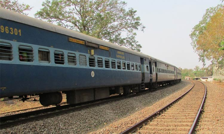 Rajasthan tour by train